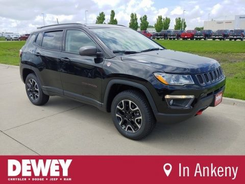 New 2019 JEEP Compass Trailhawk
